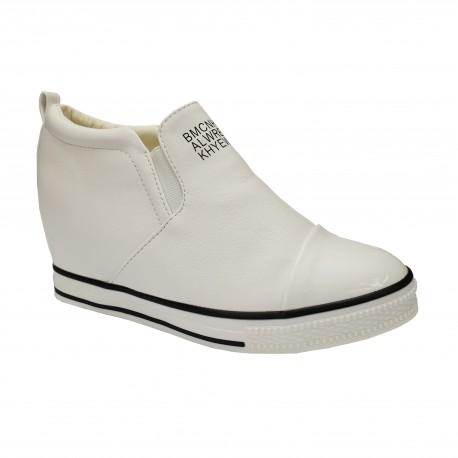 Sneakersy trampki